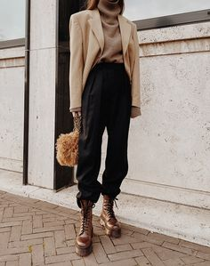 Favorite Layers – Edgy Outfits - Water - 2020 Fashions Woman's and Man's Trends 2020 Jewelry trends Layering Outfits, Edgy Outfits, Mode Outfits, Fall Outfits, Fashion Outfits, Fashion Trends, Fall Layered Outfits, Layering Clothes, Layering Style