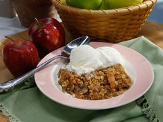 Apple Crisp - Marcela Valladolid   Fantastic! Used Golden Delicious & Granny Smith apples. Made  more topping & added more caramel pieces.