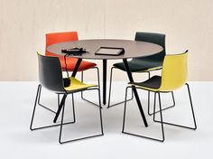 MEETY Table de réunion ronde Collection Meety by Arper design Lievore Altherr Molina