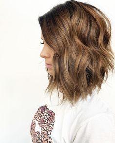 Mom Haircuts, Mom Hairstyles, Medium Haircuts For Girls, Haircut Styles For Girls, Haircuts For Women, Little Girl Haircuts, Fashion Hairstyles, Latest Hairstyles, Medium Hair Cuts