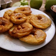 Öpfel-Chüechli: Dessert zum Frühstück - Gourmistas - Gourmistas