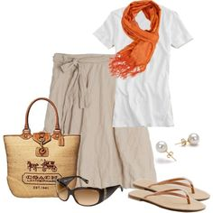 Perfect outfit to travel in!