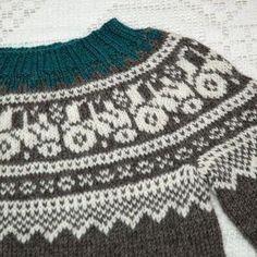Sweater Knitting Patterns, Knit Patterns, Crochet Baby, Knit Crochet, Knit Baby Sweaters, Knitting For Kids, Kids And Parenting, Boho Shorts, Christmas Sweaters