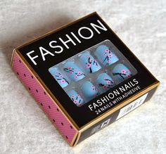 Primark Nails  #primark #nails #fakenails #nailart #cheap #nail #fashion #pretty #primarknails #blue #floral #spring #pink