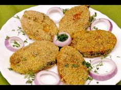 Rava Fried Fish - An easy to make fried fish recipe enriched with ginger, garlic and red chillies. Chicken Pulao Recipe, Fisher, Maharashtrian Recipes, Fried Fish Recipes, Cooking Recipes, Healthy Recipes, Fish Dishes, Culinary Arts, Fish And Seafood