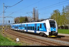 Net Photo: 641 Ceske Drahy ČD at Blatec, Czech Republic by M. Light Rail, Train Travel, Public Transport, Czech Republic, Locomotive, Diesel, Transportation, Trains, Europe