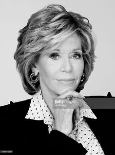 Actress Jane Fonda is photographed for Los Angeles Times on November 2015 in Los Angeles, California. PUBLISHED Get premium, high resolution news photos at Getty ImagesNice layered hair for medium length, but I'd keep mine Best Layered Bob Hairstyl Hair Styles For Women Over 50, Short Hair Cuts For Women, Medium Hair Styles, Curly Hair Styles, Short Styles, Jane Fonda Hairstyles, Mom Hairstyles, Older Women Hairstyles, Beautiful Hairstyles