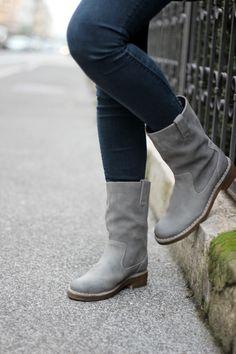 Bloggerin Hannah präsentiert ihre neuen Clarks Stiefel Maida Edge (http://www.clarks.de/p/20355890) http://www.provinzkindchen.com/outfit-clarks-giveaway/ #AW14