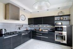 Design Trend: The Classic Black and White Kitchen Is Back! #HomeInterior #kitchen