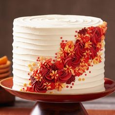 Likes, 80 Comments – Wilton Cake Decorating (Jo Ann Galvan Martinez) on In… - Cake Decorating Simple Ideen Wilton Cake Decorating, Cake Decorating Designs, Cake Decorating Techniques, Cake Designs, Cookie Decorating, Decorating Ideas, Simple Cake Decorating, Pretty Cakes, Beautiful Cakes