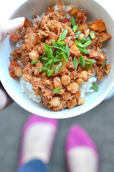 Bakeaholic Mama: Moroccan Spiced Pork Ragu. Warm and comforting for these cold winter days... yet it's healthy too!