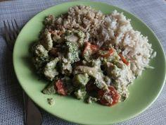 Csirkemell + zöldségek = finom és egészséges étel Quinoa, Food, Essen, Meals, Yemek, Eten