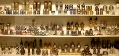 Andrea Ludden's collection of over 40,000 pairs of salt and pepper shakers started completely by chance when Ludden bought a pepper mill at a garage sale in the mid-1980s.   http://www.smithsonianmag.com/travel/Would-You-Like-Some-Salt-and-Pepper-How-About-80000-Shakers-Worth   pictures of the Smithsonian collection of s's   Courtesy of Derek Workman