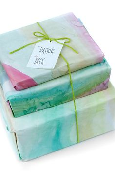 Watercolor Gift Wrap | How to paint your own gift wrap. No experience needed!