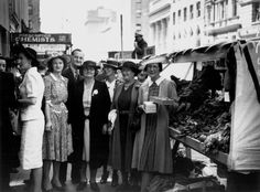 Wartime stall held on Queen St, Brisbane, 1942.
