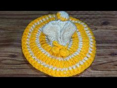 stitch se bani Kanha ji k liye woolen winter posak in hindi Baby Booties Knitting Pattern, Knitting Patterns, Woolen Flower, Laddu Gopal Dresses, Bal Gopal, Ladoo Gopal, Woolen Dresses, Fancy Blouse Designs, Hand Embroidery