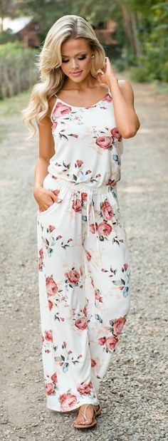 40 Spring Outfit Ideas That Are Stylish - We Should Do This