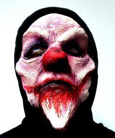 Jane Doe Makeup Now Booking Nyc Halloween Makeup 2017 Scary Clown Makeup, Scary Clown Mask, Halloween Clown, Halloween Makeup, Halloween Parade, Evil Clowns, Scary Clowns, Evil Clown Pictures, Mens Clown Costume