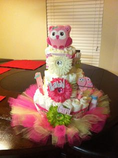 BABY SHOWER DIAPER CAKE! :)