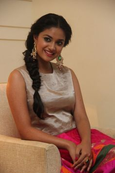 South Indian film actress Keerthi Suresh new picture gallery. Latest hd image gallery of Keerthi Suresh. Hollywood Actress Photos, Hollywood Heroines, Bikini Pictures, Bikini Photos, Indian Film Actress, Indian Actresses, Tamil Actress, Russian Women For Marriage, Photoshoot Images