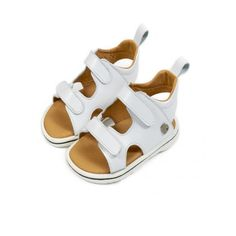 Βαπτιστικά πέδιλα για αγόρι BABYWALKER δερμάτινα σε λευκή απόχρωση, Παιδικά πέδιλα αγόρι οικονομικά, Βρεφικά πέδιλα τιμές-προσφορά-νέες παραλαβές, Πεδιλάκια βάπτισης αγοριού τιμές, Παπούτσια μωρού Babywalker eshop Baby Shoes, Sandals, Clothes, Products, Fashion, Outfits, Moda, Shoes Sandals, Clothing