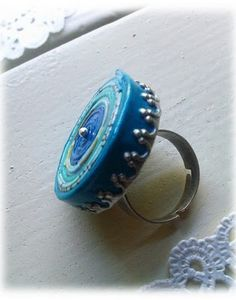 Love this quilled paper ring ♥ by Rebekah Holguin