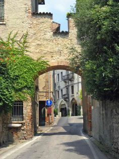 Northern Italy, Asolo, Entrance to the city.