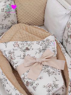 Na tuto minimalistickou sadičku maminka zvolila tyto látky: prémiová bavlna Jarní kytice, minky kapučíno, bavlna bílá ♥ Výrobky: hnízdečko pro miminko, rychlozavinovačka, polštářkový mantinel Throw Pillows, Bed, Kids, Cushions, Stream Bed, Decorative Pillows, Decor Pillows, Bedding, Beds