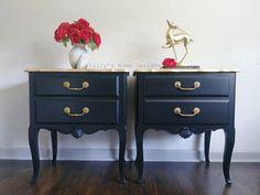 Gold Painted Furniture, Black Furniture, Classic Furniture, Bedroom Furniture, Painting Furniture, Black Nightstand, Nightstand Ideas, Gold Dresser, Make Up Desk Vanity