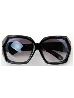 Black Fashion Cat Eye Plastic Frame Sunglasses