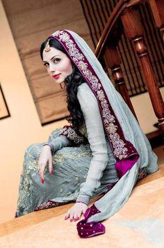 Aisha Linnea Akhtar Pakistani Fashion Model By Unomatch Pakistani Wedding Outfits, Pakistani Wedding Dresses, Indian Outfits, Bridal Outfits, Desi Bride, Desi Wedding, Purple Wedding, Wedding Decor, Wedding Ideas