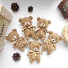Diy Crafts - amigurumi,crochetbear-Enjoy this FREE teddy bear amigurumi pattern! Ccreate a cute crochet toy for your beloved child. Grab some yarn and Crochet Pattern Free, Crochet Bear Patterns, Cute Crochet, Doll Patterns, Crochet Patterns Amigurumi, Crochet Dolls, Knitted Teddy Bear, Teddy Bears, Stuffed Toys Patterns