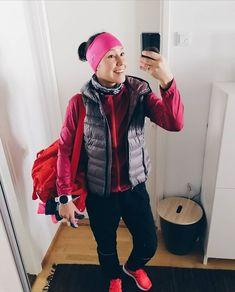 Tää lähtee nyt ruopimaan lenkkareitaan juoksukisoihin. Itsensä kiusaaminen ei lopu joten se saa jatkua.  #running #aktiacup #juoksu #treeni #5k #winterrunning #hillasblog