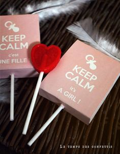 Emballage personnalisé sucette bleue keep calm c'est une fille it's a girl au choix déco babyshower annonce rose convives de la boutique Letempsdesconfettis sur Etsy Baby Shower Parties, Keep Calm, Boutique, Rose, Party, Princess, Daughter, Custom Packaging, Tiny Gifts