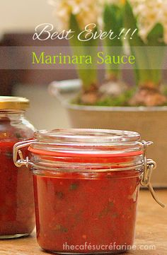Best Ever Marinara Sauce - a tried and true, authentic marinara sauce that's super versatile and so full of flavor.