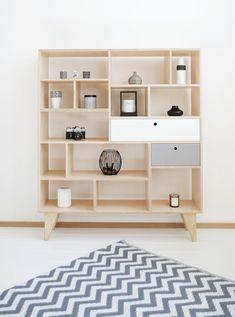 APEX. une bibliothèque scandinave, de contreplaqué / bureau avec tiroirs. * conçu par République de bois L'APEX est une bibliothèque, qui montent vers le haut de l'esthétique. Il a des aspirations gros et il sera facilement obtenir chargé à son apogée. Et qui tout en tête ! La