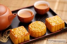 It's the time of the year for Chinese Moon Cakes!