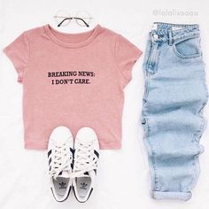 Breaking News Tee from @shopdevi  styled by @lalalisaaaa  link in bio to shop our feed! • shopdevi.com ✨
