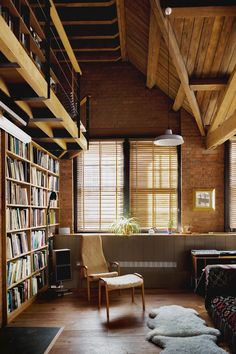CHARLOTTE ROAD by Emil Eve Architects