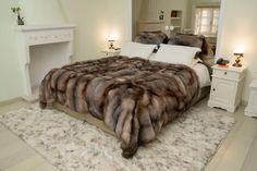 Faux Fur Bedding, Gothic Steampunk, Steampunk Clothing, Victorian Gothic, Steampunk Fashion, Gothic Lolita, Fur Rug, Fur Accessories, Bathroom Design Luxury