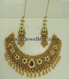 Jewellery Designs: Kundan Necklace Ear Chains and Earrings