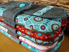 Hallöchen ihr Lieben! 4. Woche Stoffabbau - Geldbeutel Angefangen hab ich mit einem Tascheli (gibt's bei Farbenmix) ... für m...