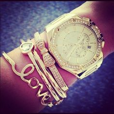 Inspiration for layering bracelets with my new Marc Jacobs rose gold watch