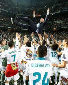 Real Madrid Manager, Real Madrid Team, Real Madrid Football Club, At Madrid, Real Madrid Players, Real Madrid Manchester United, Real Madrid Champions League, Real Madrid Shirt, Real Madrid Wallpapers