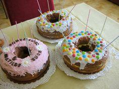 Merenda di compleanno. Torte con prodotti biologici fatte in casa. Vuoi mettere che bontà? lacasasullascogliera.blogspot.com