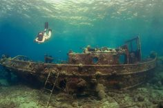 Curacao under water