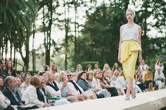 INUNEZ-invitadas-2015-amarillo-falda-boda-look-invitada-boda-2015-lookinvitadaboda2015