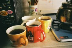 aw, making morning coffee for everyone Mo S, Film Photography, Vintage Photography, Glass Animals, In This Moment, Inspiration, Aesthetics, Friends, Photos