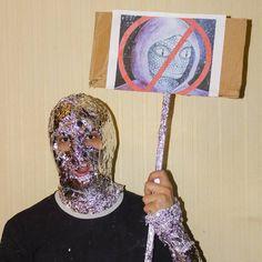 #photo #reptilian #foil #protest #outcry #revolt #conspiracytheory #worldgovernment #society #nonsense #absurd #postmodern #jpg #postmodernjpg