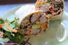 Wrap it up! Let us take you to Venice Beach and back. This wrap is filled with: lean beef, sweet potatoe, our special six veggiemix and our healthy agave-mustarddressing.  #fithap #ghent #wrap #venicebeach #lean #beef #sweetpotatoe #agave #mustard #dressing #healthy